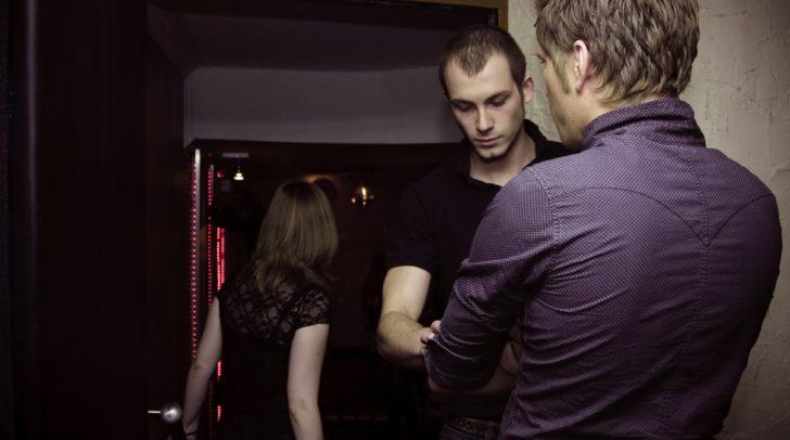 Der 29-jährige Türsteher verweigerte dem 44-Jährigen den Einlass in die Klagenfurter Bar.