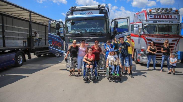 Viele glückliche Kinder waren bereits bei der Trucker for Kids Veranstaltung 2018 mit dabei.