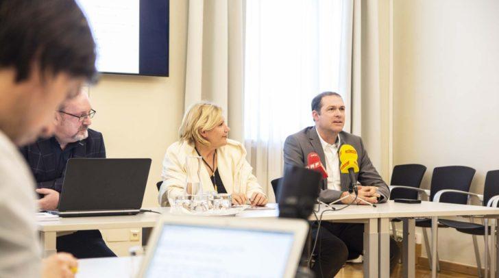 Bürgermeisterin Dr. Maria-Luise Mathiaschitz mit Stadtrat Markus Geiger und Mag. Roland Murauer.