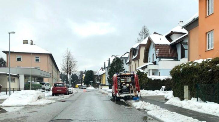 Aktuell finden auch Abpumparbeiten in der Othmar-Crusiz-Straße statt.