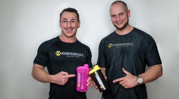 Der neue Körperkult-Storemanager Dario Nonnis und Inhaber Markus Schuster freuen sich auf die Klagenfurter Neueröffnung.