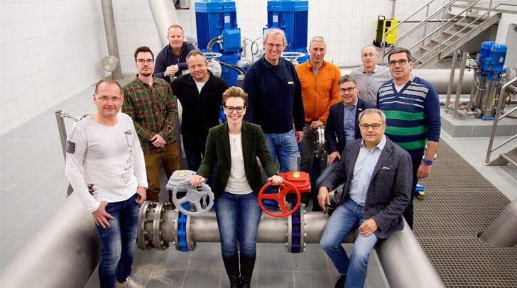 Stadträtin Katharina Spanring mit den zertifizierten Wassermeistern des Wasserwerkes der Stadt Villach.