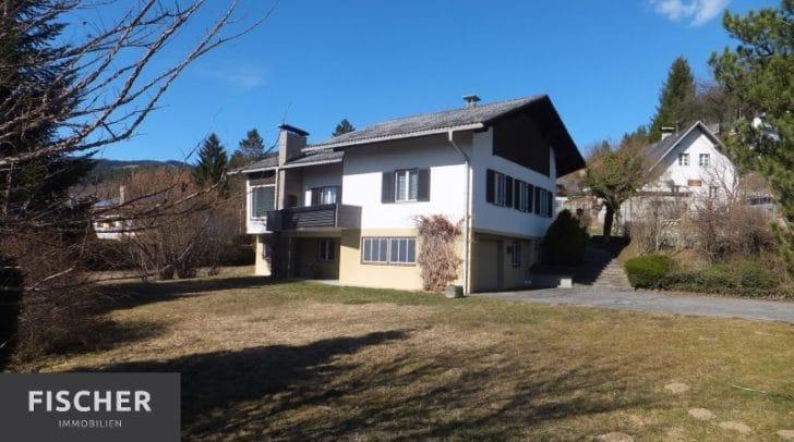Mit dem 360° Rundgang kann das Haus bereits vor einem Besichtigungstermin erkundet werden.