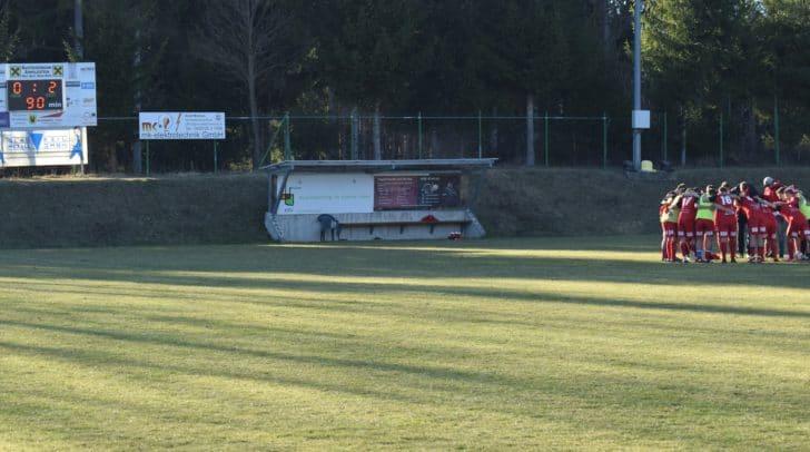 Bei dem ersten Auswärtsspiel in der heurigen Frühjahrssaison konnten sich die Villacher mit 2:0 gegen den SV Arnoldstein durchsetzen.