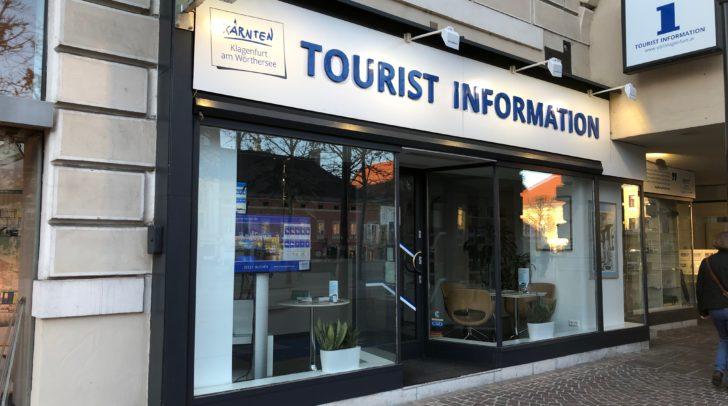 Unsere Leserin wollte samt Kinderwagen die Tourismusinformation besuchen.