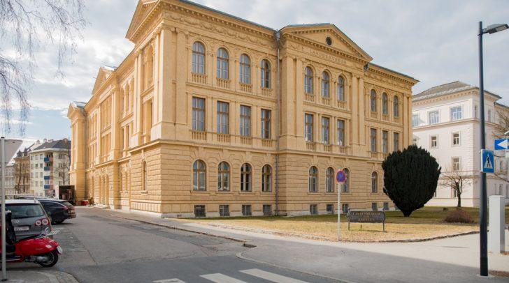 Die Stadt stellt die Exponate des Bergbaumuseums dem Kärntner Landesmuseum dauerhaft zur Verfügung.