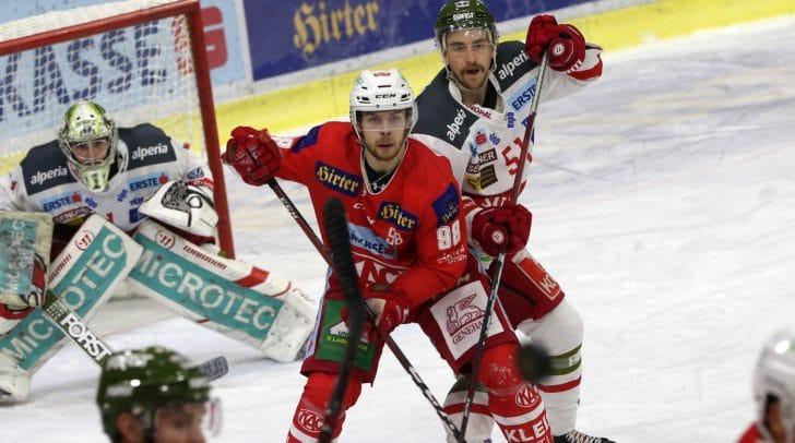 Auch bei der letzten Begegung in Klagenfurt konnten sich die Rotjacken gegen den HCB Südtirol durchsetzen. Am Bild: Obersteiner Daniel (KAC), Campbell Timothy (Bozen).