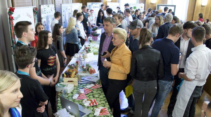 Bereits im Vorjahr nahmen viele JUNIOR Unternehmen am Landeswettbewerb teil.
