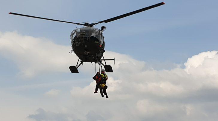 Der Kletterer wurde mit einem Hubschrauber geborgen.