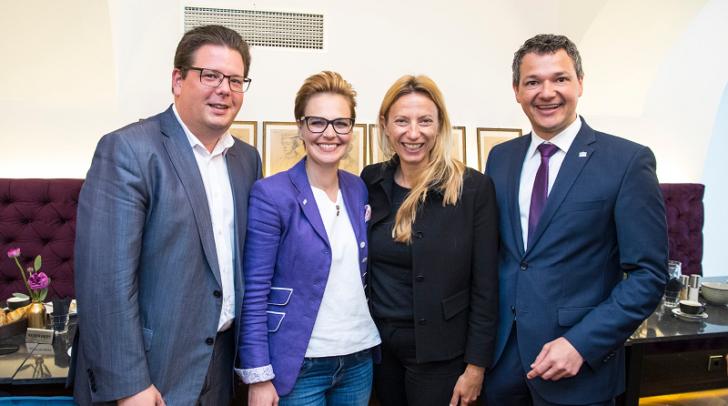 Im Bild v.l.: Stadtrat Christian Pober, Stadträtin Katharina Spanring, Bundesministerin Juliane Bogner-Strauß und Nationalratsabgeordneter Peter Weidinger.