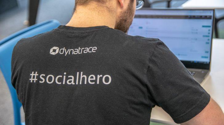 Auch bei den T-Shirts & Hoodies wird bei Dynatrace auf Fairtrade geachtet.