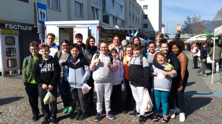 "Villachs Stadtrat Christian Pober unterstützt die Initiative ""Hip Teens"""