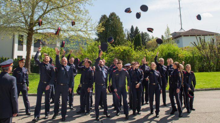 Ab 1. Mai verstärken diese 25 PolizistInnen die Kärntner Exekutive.