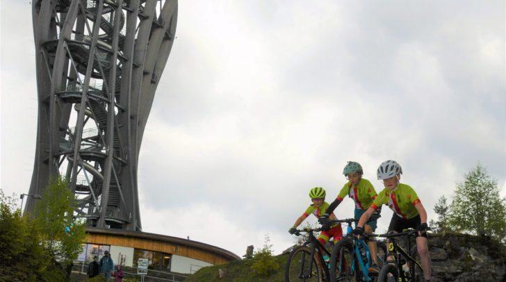Beim Techniksprint ist Fahrtechnik am Mountainbike gefragt.