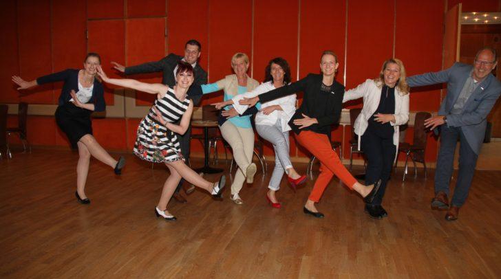 Mit Spaß an der Arbeit lehrt die Unternehmerin des Monats leichte bis schwere Tänze in ihrer Tanzschule in Villach.