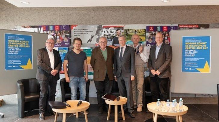 Europagespräch Universität Klagenfurt v.li.n.re: Heinrich C Mayr, Markus Offermann, Heinrich Neisser, LH Peter Kaiser, Martin Hitz