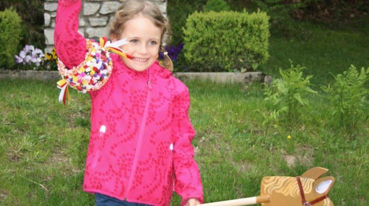 Das Kinderkufenstechen entschied Jana Rieder für sich.