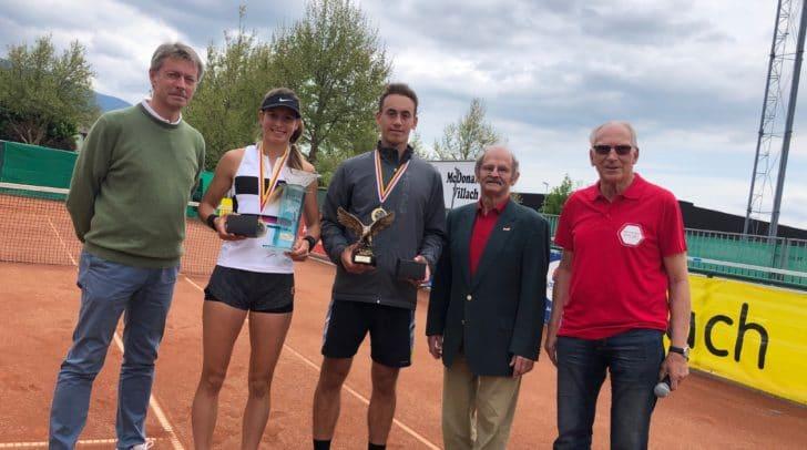 Von links Oberschiedsrichter Kurt Gogg, Alexandra Vesic, Peter Makk und die Turnierdirektoren Harry Westreicher und Gerfried Spath.