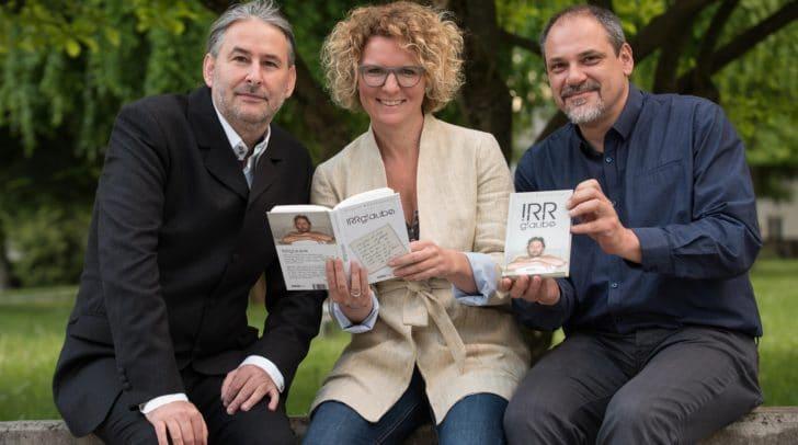 Autor Gerald Eschenauer mit Ines Wutti und Christian Sturm.