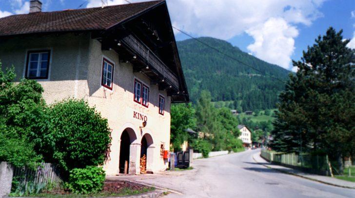 Landkinos wie das Kino in Greifenburg waren früher ein beliebter Treffpunkt in fixer Bestandteil der Freizeit am Land.