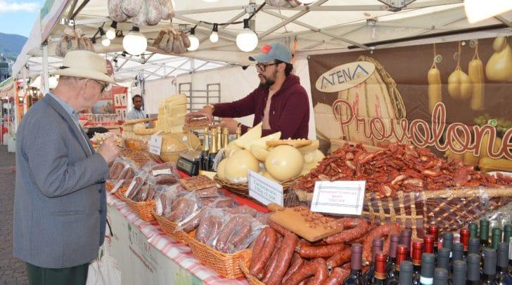 Noch bis kommenden Samstag gastiert der Italo-Markt in der Villacher Innenstadt.