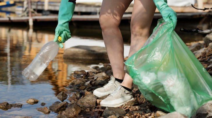 Immer wieder landet der Müll mancher Klagenfurter nicht im Abfalleimer, sondern auf der Straße oder im Stadtgrün.
