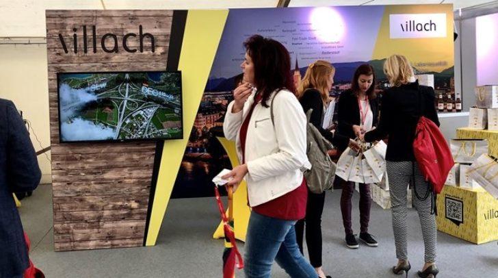 Blick auf den Stand der Stadt Villach beim Städtetag 2019.