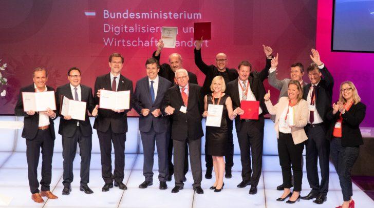 Ein Gruppenfoto der Staatspreis-Gewinner mit den Kategorie-Siegern und den Jury-Preisträgern.
