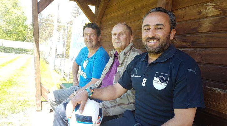 Leidenschaft und Hingabe für den Verein (v.l.n.r.): Manfred Maurer, Johann Ressmann und Mustafa