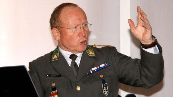 Oberst Gottfried Pausch wird zum brisanten Thema