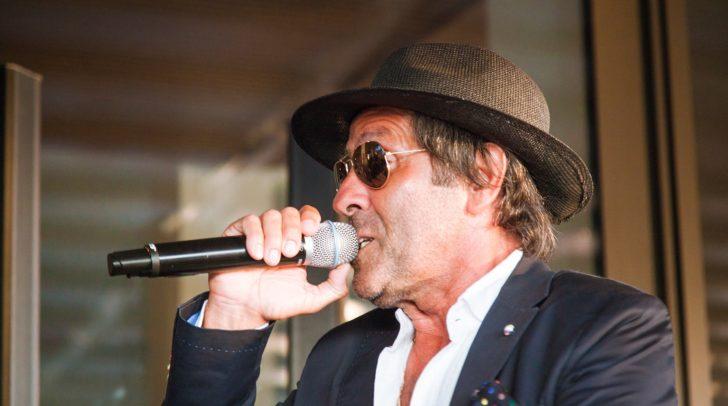Italienische Hits von Adriano Celentano versüßten zahlreichen Gästen den Abend.