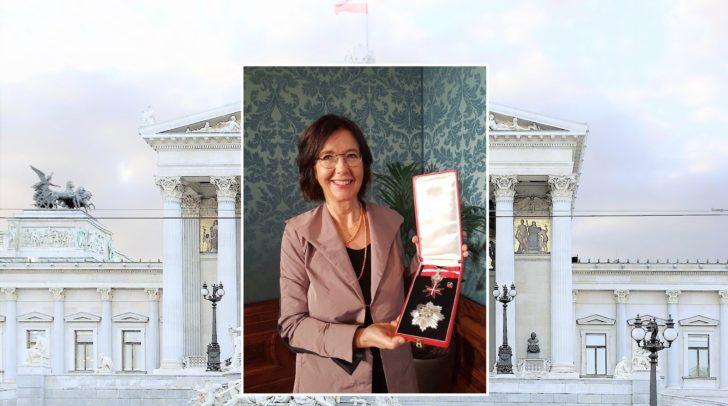 Christine Muttonen nahm heute das Große Silberne Ehrenzeichen mit Stern in Wien entgegen.