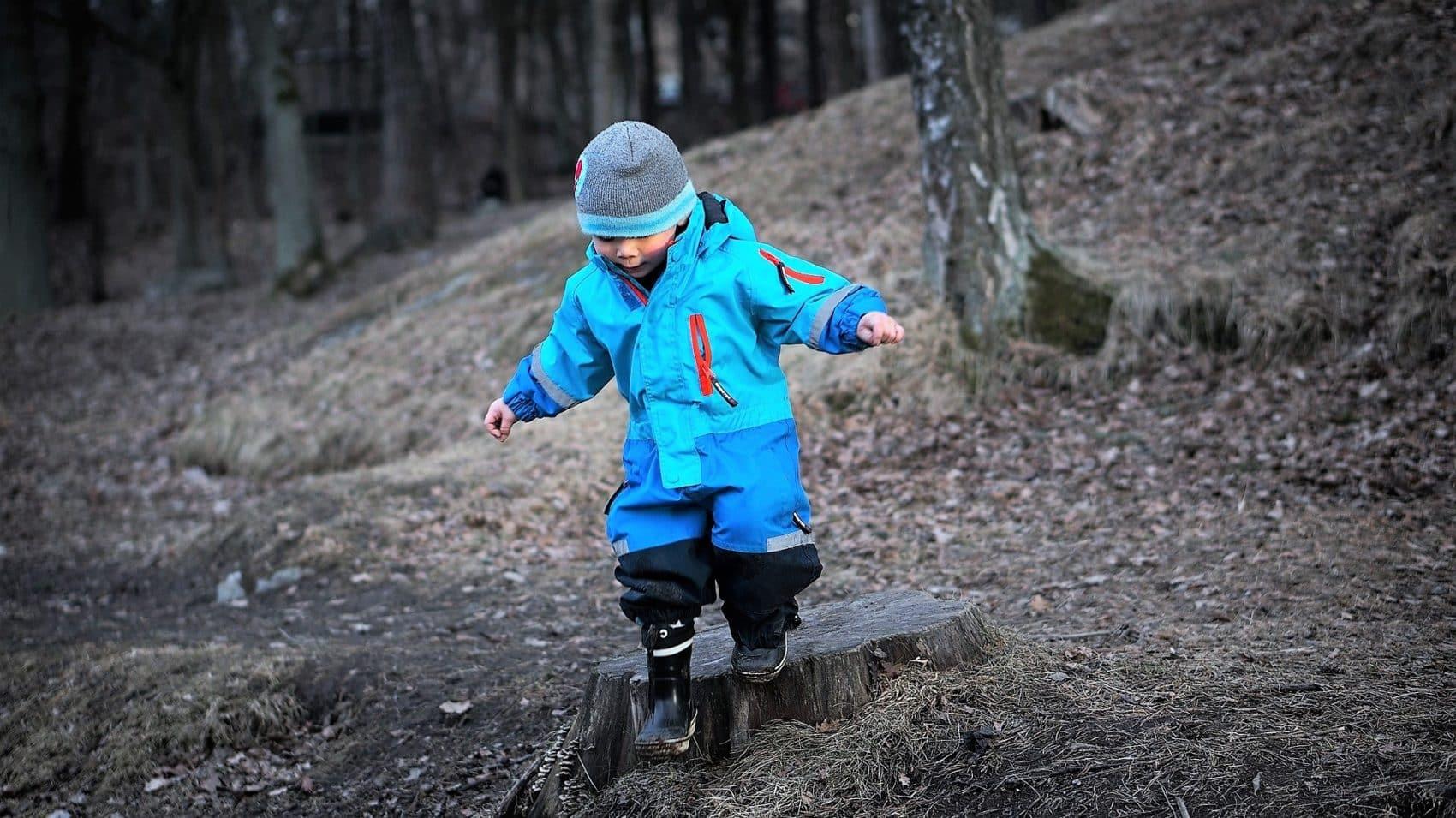 Kinder die Natur frei entdecken lassen in Villach