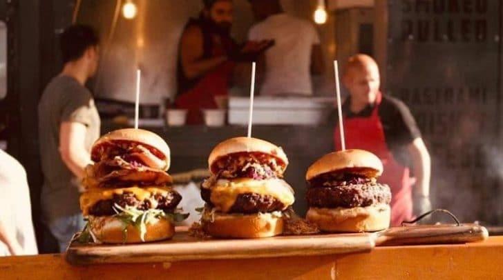 G´schmackige Burger, Wraps, Bowls und vieles mehr werden von den
