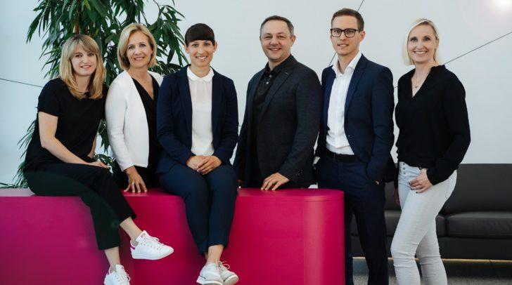 Kommunikationsteam Infineon Austria (vl.n.r.): Theresa Waniek, Birgit Rader-Brunner, Valerie Woop, Alexander Tarzi, Johannes Holzleitner und Alexandra Wachschütz