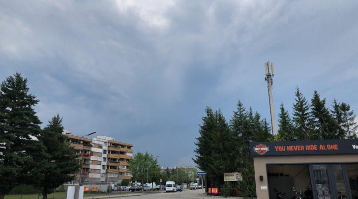 Ein Gewitter braut sich über Kärnten zusammen.