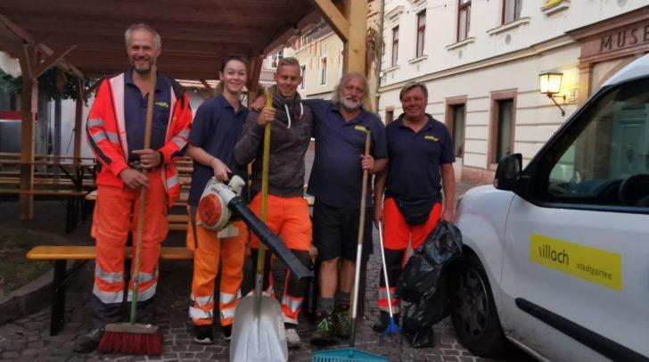 Tag für Tag putzen Bernhard, Melanie, Christian, Sepp, Werner und viele weitere Kollegen die gesamte Villacher Innenstadt heraus.