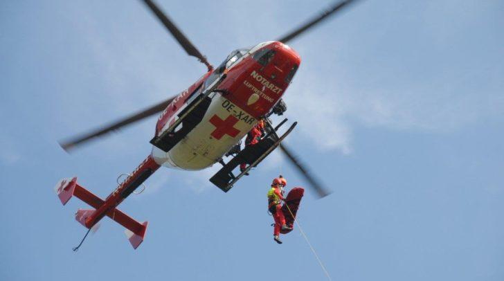 Die schwer verletzte Radfahrerin wurde mit dem Rettungshubschrauber RK1 ins LKH Villach geflogen.
