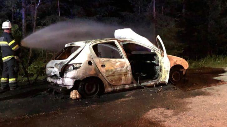 Der Brand konnte durch das rasche Handeln der Feuerwehren unter Kontrolle gebracht werden.