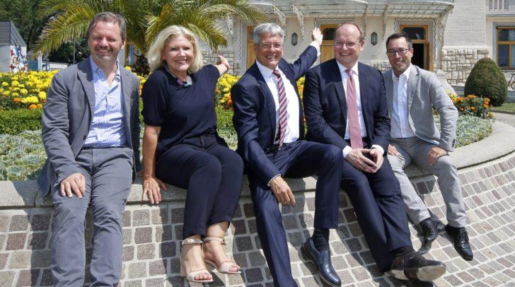 Intendant Florian Scholz, Bürgermeisterin Maria Luise Mathiaschitz, LH Peter Kaiser, Christian Kircher (Bundestheater) und Markus Malle (ÖVP)