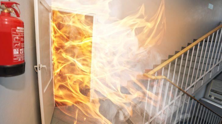 Vor allem dann, wenn Personenschäden eingetreten sind, kann ein Brand auch zu einem Nachspiel vor dem Strafgericht führen.
