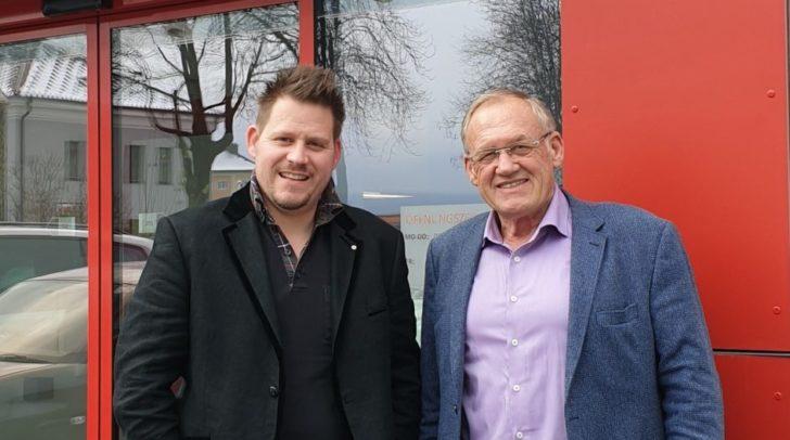 KR Kurt Maschke Senior (rechts) startete 1979 in einer Garage. Heute leitet Sohn DI (FH) Kurt Maschke den Villacher Paradebetrieb.