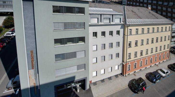 Das ehemalige Finanzamtgebäude wurde saniert und neu vermietet.