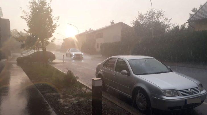 Leser berichten von starken Regenfällen in Klagenfurt.