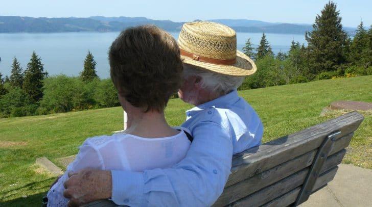 Der 69-Jährige sehnte sich nach Zweisamkeit und wurde bitter enttäuscht.