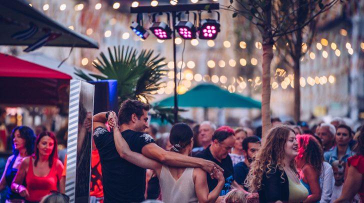 Die Summerfeeling Reihe geht in die nächste Runde: Diesmal warten viel Kunst und Musik auf die Innenstadt-Besucher.
