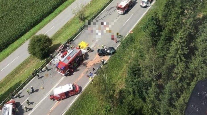 Der Unfall forderte vier Tote sowie mehrere Verletzte.