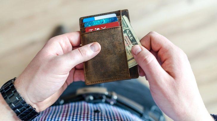Bereits mehrere gefundene Brieftaschen wurden in den Tourismusbüros samt Inhalt abgegeben.