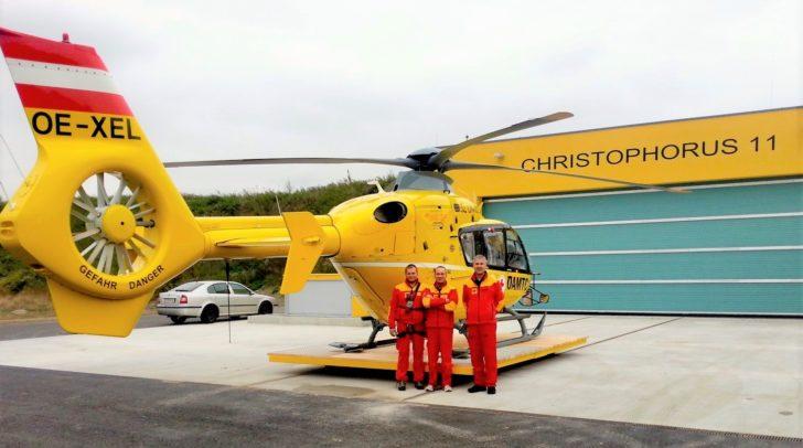 Flugrettungssanitäter Andreas Greinig, Pilot Arno Wösch und Notarzt Dr. Christoph Öhner (v.l.) vom Flugrettungsteam Kärnten.