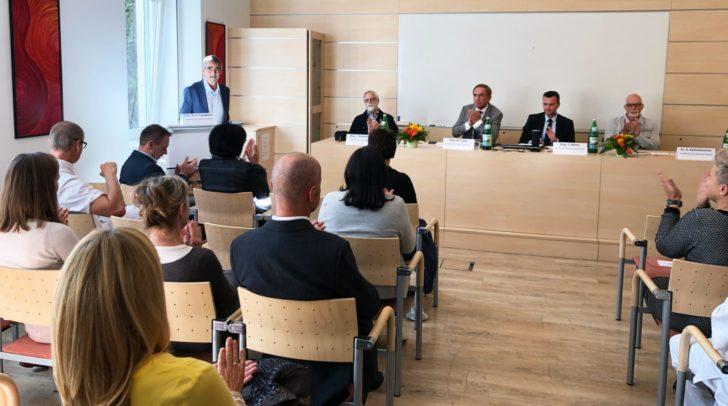 Ernst Trampitsch, Johann Staudacher, Superintendent Manfred Sauer, Esad Memic und Klaus Kaltenbrunner.